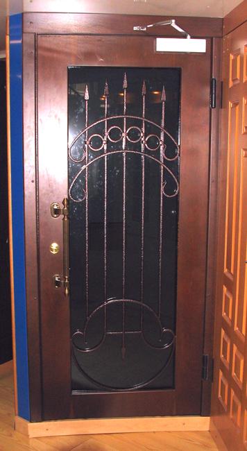 стальные сейфовые двери со стеклом